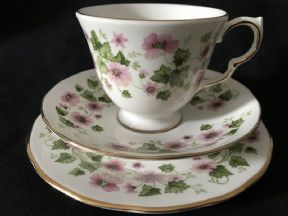 Retro Queen Anne tea trio - strawberry flowers